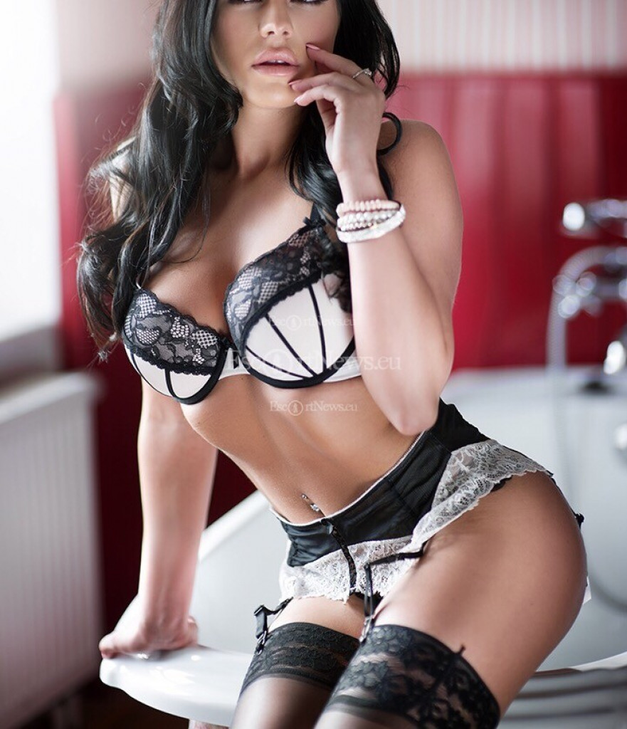 Escort Sofia - beautiful girls from Prague